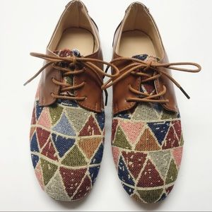 Shoes - Oxford Flats.